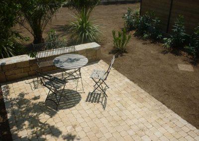 terrasse-pavée-avec-muret-2-400x284