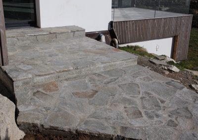 escalier-en-pierre-de-Luzerne-400x284