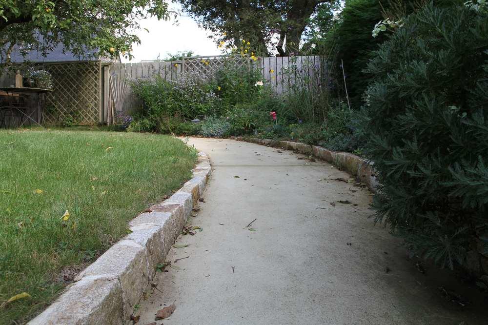 All e de jardin en b ton paysagiste brest dans le - Allee de jardin en beton ...