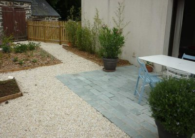 terrasse-avec-pavés-gris-3-400x284